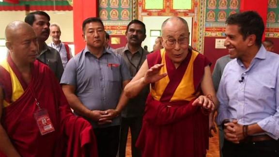 new years eve sanjay gupta dalai lama new years sot_00003119.jpg