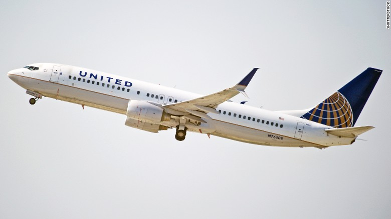 United Airlines Was Right To Bar Leggings Opinion Cnn