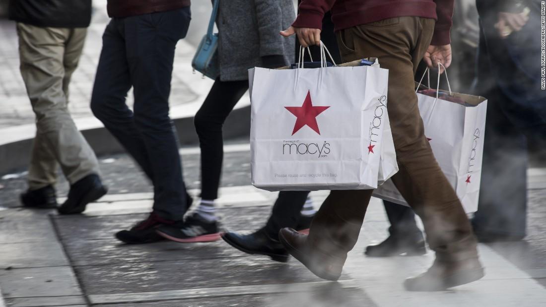 Macy ' s schließt sich 28 Läden
