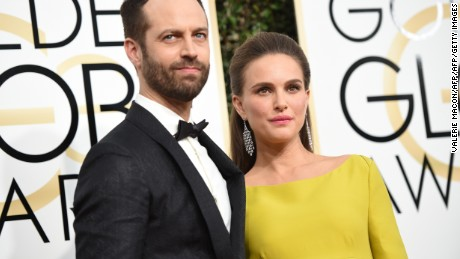 Actress Natalie Portman and Benjamin Millepied arrive at the 74th annual Golden Globe Awards, January 8, 2017, at the Beverly Hilton Hotel in Beverly Hills, California.  / AFP / VALERIE MACON        (Photo credit should read VALERIE MACON/AFP/Getty Images)