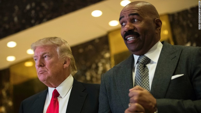 steve harvey in family feud with fans cnn