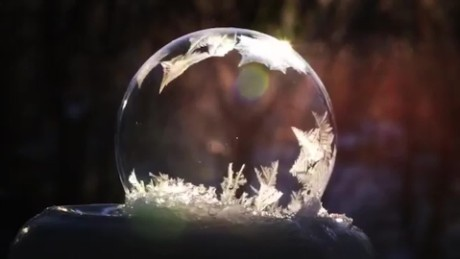 soap bubbles freeze real time sg orig_00002714.jpg