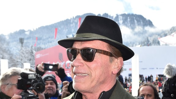 KITZBUEHEL, AUSTRIA - JANUARY 23:  Arnold Schwarzenegger and girlfriend Heather Milligan (L) during the Hahnenkamm race on January 23, 2016 in Kitzbuehel, Austria.  (Photo by Hannes Magerstaedt/Getty Images)
