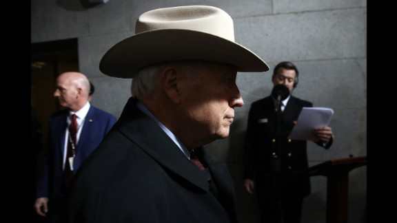 Former Vice President Dick Cheney arrives for the inauguration.