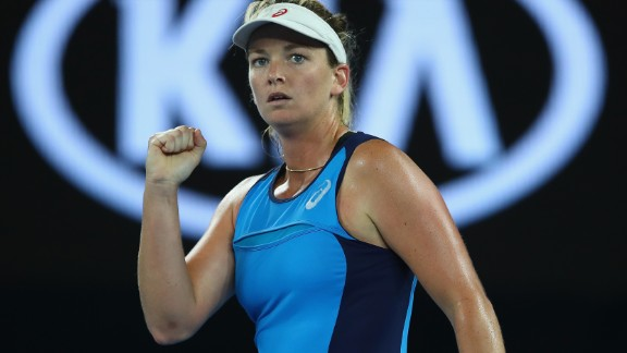 CoCo Vandeweghe played the match of her life to knock out top seed and defending champion Angelique Kerber of Germany.