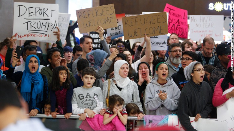 Trump admin defends travel ban in court