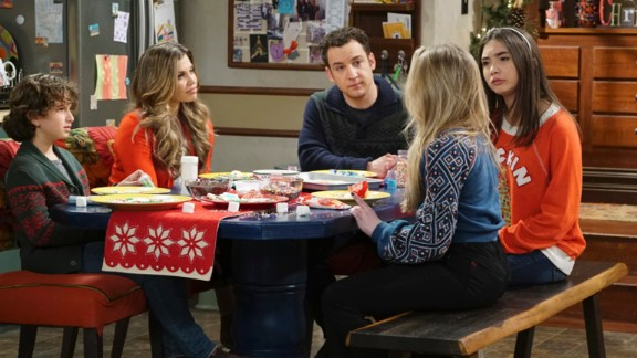 """""""Girl Meets World"""" season 3: August Maturo, Danielle Fishel, Ben Savage, and Rowan Blanchard star in this series about the life of the daughter of two characters from the hit '90s show """"Boy Meets World."""" (Netflix)"""