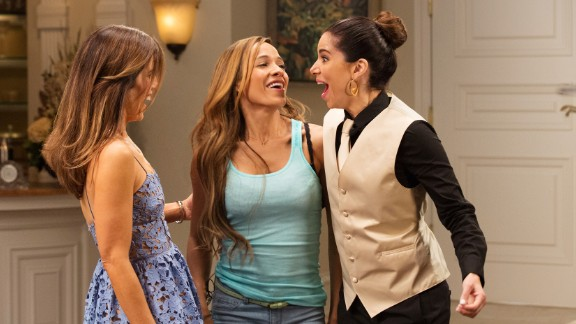 """""""Devious Maids"""" Season 4 : Mystery and drama collide in this series about the lives of a group of Latina maids. (Hulu)"""