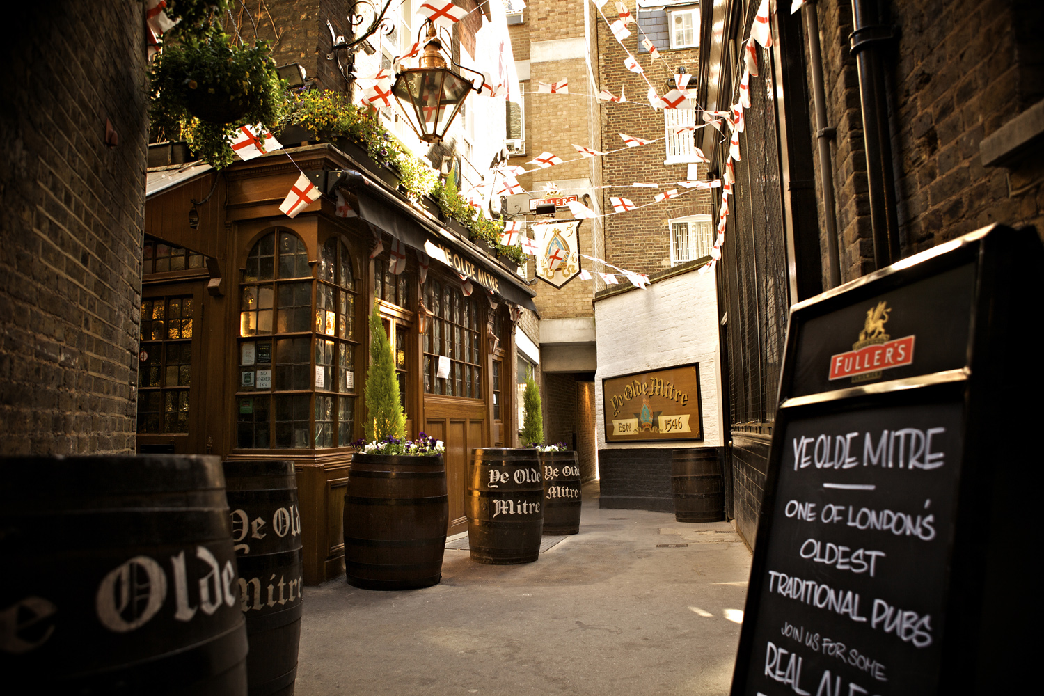 London\'s oldest pubs: 10 of the best | CNN Travel