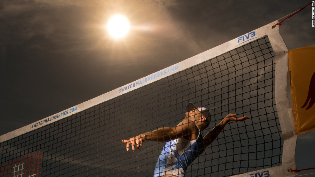 Phil Dalhausser -- who won Olympic gold in the men's volleyball at the 2008 Olympics -- takes aim at the sun at Fort Lauderdale, Florida, ahead of the Swatch Beach Volleyball Major Series event.