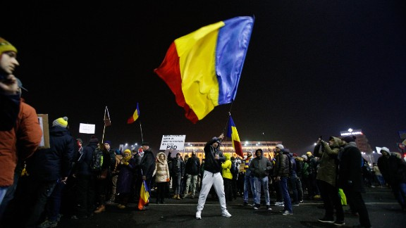Several thousand are seen on Victory square in front of the government headquarters demonstrating against the proposal by the government to ease anti-graft legislation on 2 February, 2017. Recently the ruling Social Democratic Party (PSD) party has proposed legislation which would result in the pardoning of numerous government officials escaping prosecution for corruption including the head of the ruling party Liviu Dragnea. (Photo by Jaap Arriens/NurPhoto via Getty Images)