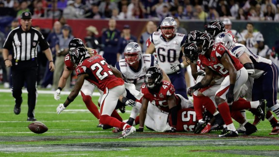Alford recovers a second-quarter fumble by Blount. The turnover led to Freeman