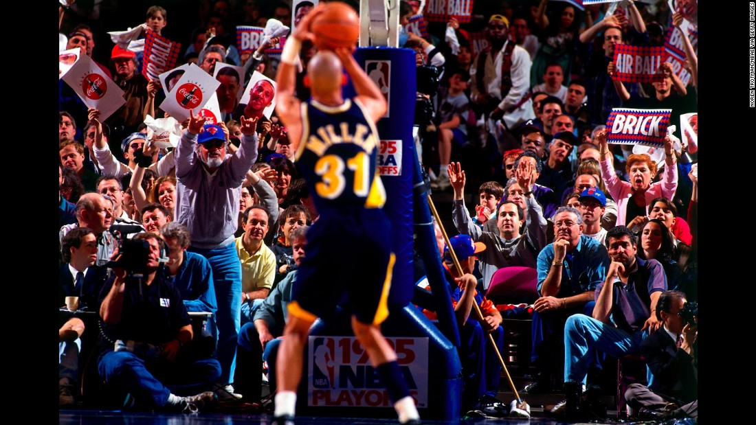 In 1995, during Game 1 of the NBA's Eastern Conference semifinals, Reggie Miller took matters into his own hands. Facing the New York Knicks and the voluminous heckling of film director Spike Lee, Miller would see his Indiana Pacers down six points with fewer than 20 seconds left. Miller then scored eight points in about nine seconds -- including two 3-pointers in the span of three seconds -- to lift his side to victory. He then looked at Lee and put his hands to his own throat to signify a Knicks choke.