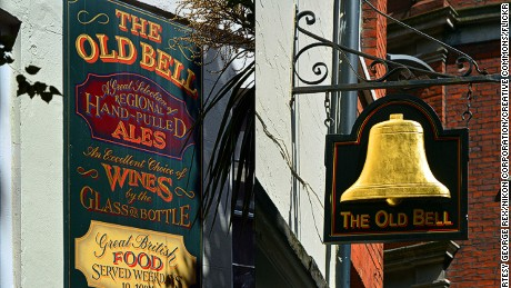 10 of London's oldest, greatest pubs