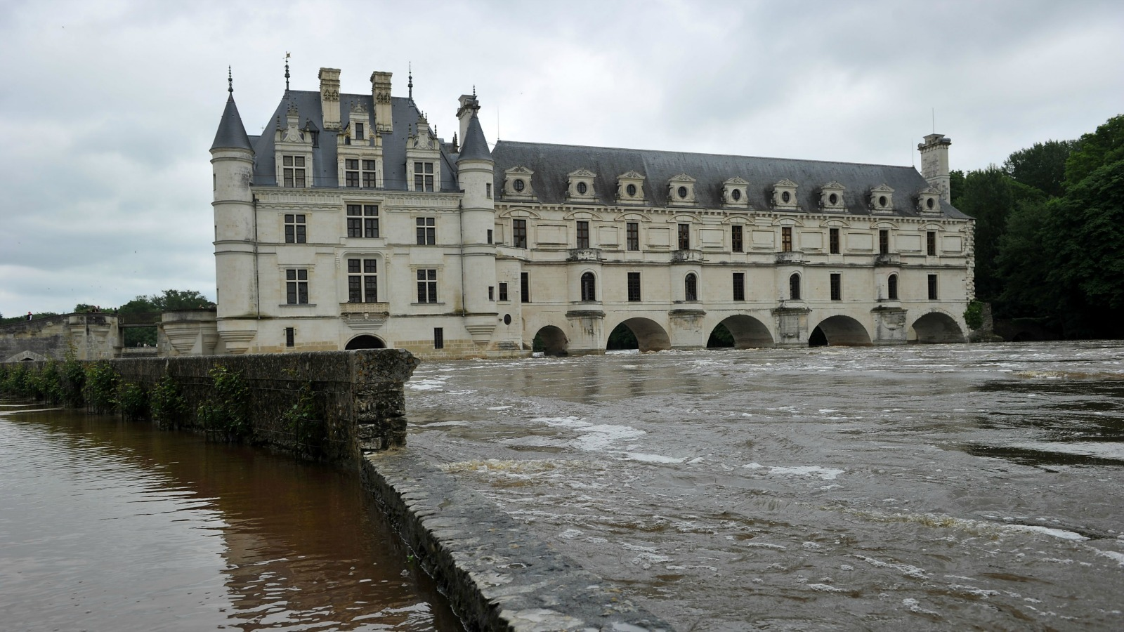 Loire valley france 5 best castles cnn travel