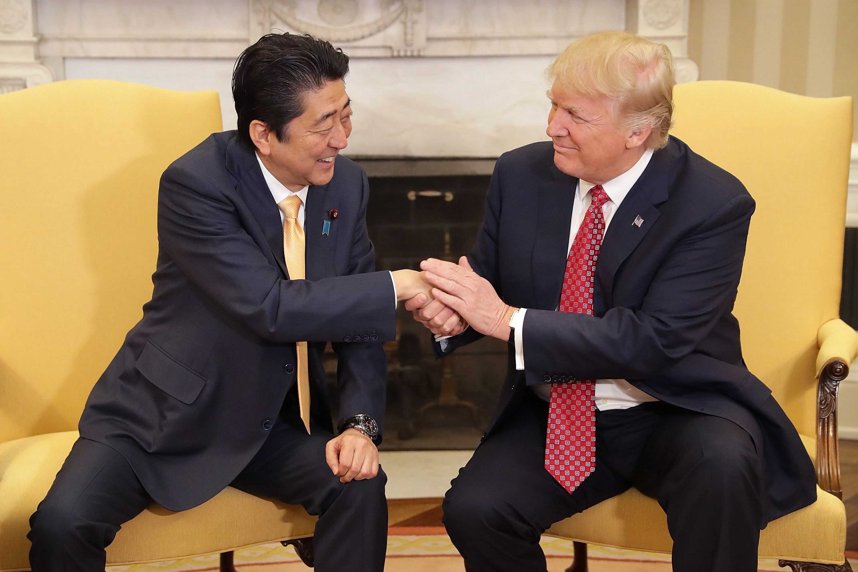 Trump Shakes Japanese Pms Hand For 19 Seconds Cnn Video