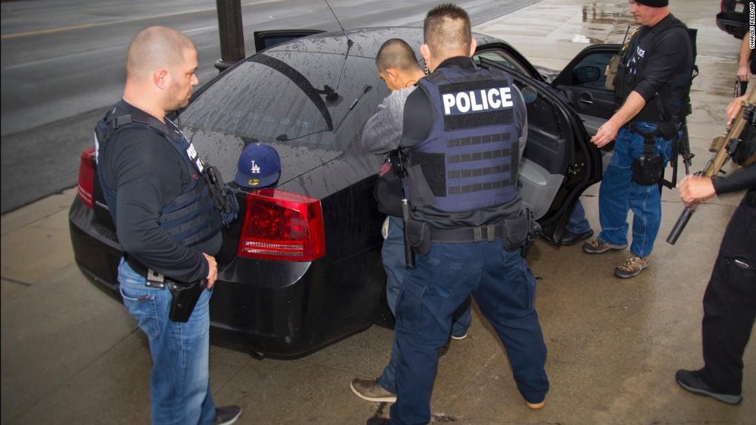 ice 680 people arrested in raids cnn video. Black Bedroom Furniture Sets. Home Design Ideas