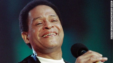 American singer Al Jarreau performs on the Auditorium Stravinski stage during the 27th edition of the Montreux Jazz Festival on July 7, 1993 in Montreux.  AFP PHOTO PATRICK KOVARIK (Photo credit should read PATRICK KOVARIK/AFP/Getty Images)