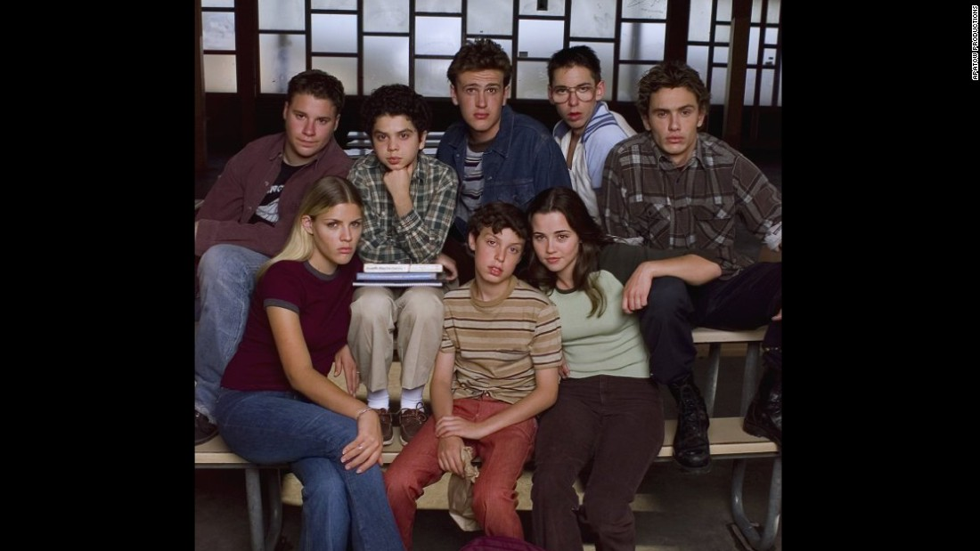 "This Paul Feig-created, Judd Apatow-produced comedy proved that the class outcasts weren't people to laugh at but to laugh with. ""Freaks and Geeks"" survived only one season, but its influence as an emotionally rich comedy is so long-lasting <a href=""http://www.avclub.com/article/stranger-things-creators-want-some-scares-their-sp-239297"" target=""_blank"">even the creators of Netflix hit ""Stranger Things"" cite it as inspiration. </a>"