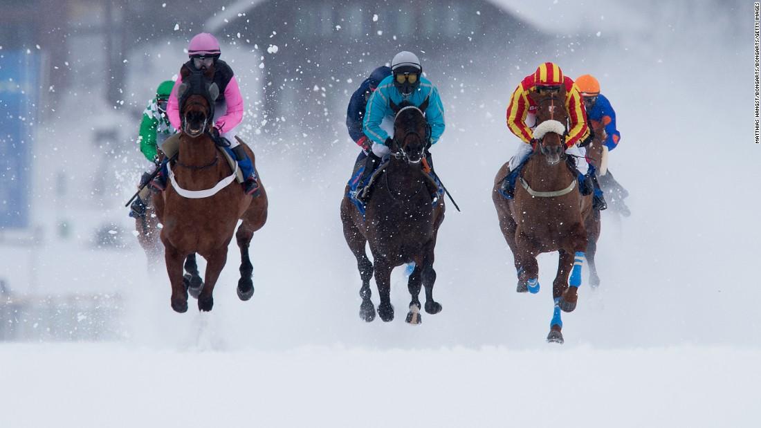 White Turf Races The Horse Race With An Alpine Edge Cnn