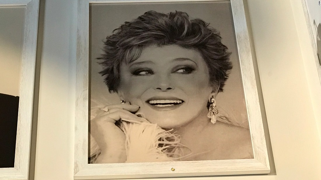 A headshot of actress Rue McClanahan hangs at the Rue de la Rue Café in New York.