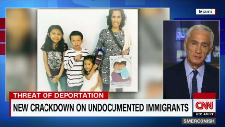 Undocumented mother forced to take refuge in church_00025506