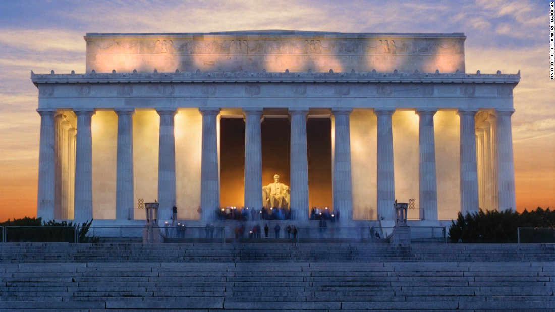 <strong>5. Lincoln Memorial, Washington, D.C.:</strong> President Abraham Lincoln's influence on the country was so vast, there are 16 sites associated with the 16th president's legacy. Construction of the Lincoln Memorial was completed in 1922.