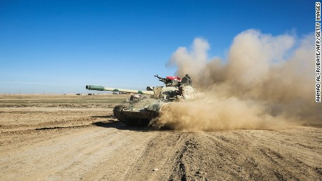 Mosul operation: Iraqi-led forces push into key city