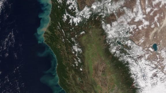 A NASA satellite photo show how California