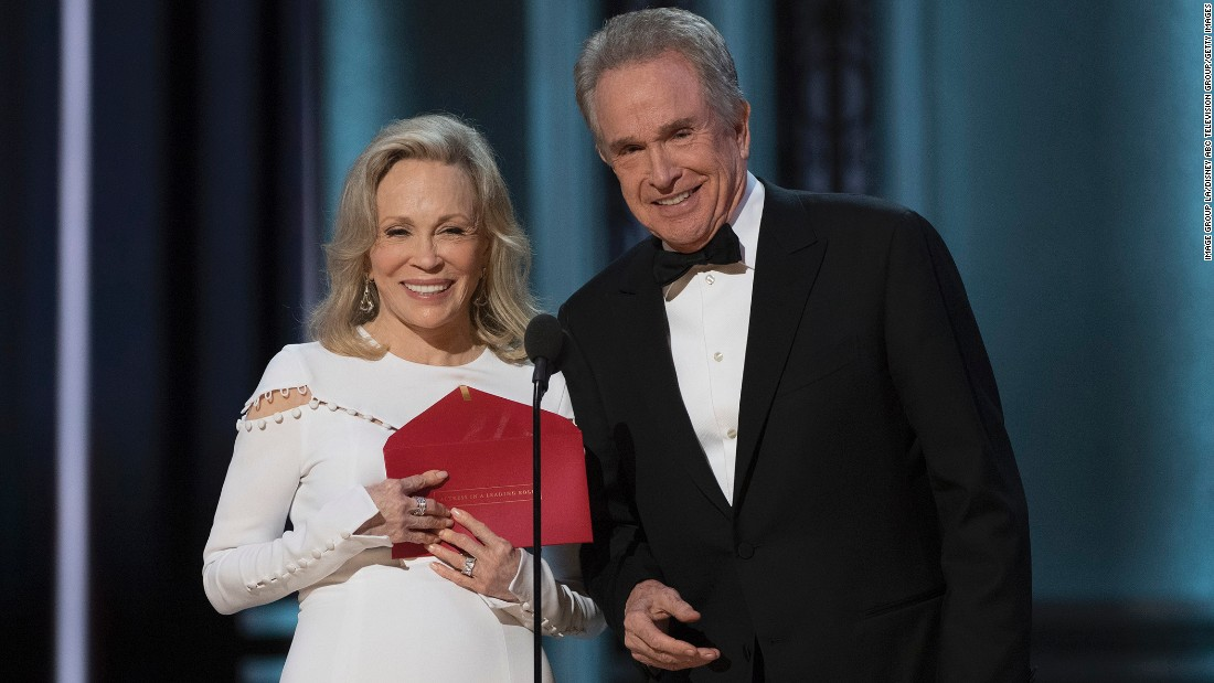 The Oscars ceremony had a surprise ending that could only happen in Hollywood. Faye Dunaway and Warren Beatty presented the award for best picture Sunday night.