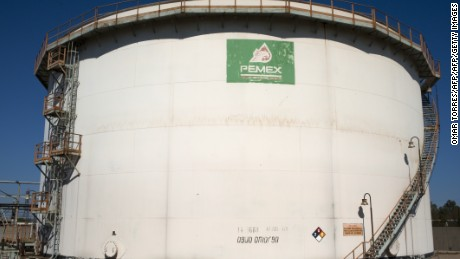 View of a tank with processed oil at Mexican state-owned petroleum company PEMEX refinery in Tula, Hidalgo state, Mexico on March 8, 2011. AFP PHOTO/OMAR TORRES (Photo credit should read OMAR TORRES/AFP/Getty Images)