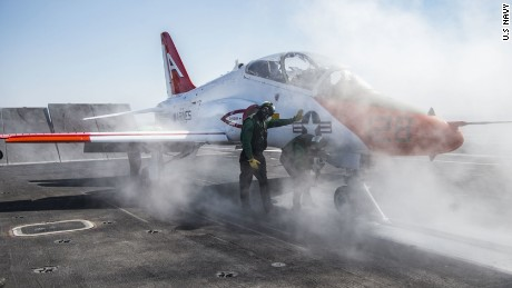 Navy puts 'safety pause' on trainer jet fleet