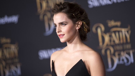 Emma Watson attends the world premiere of Disney's Beauty and the Beast at El Capitan Theatre in Hollywood, California on March 2, 2017. / AFP PHOTO / VALERIE MACON        (Photo credit should read VALERIE MACON/AFP/Getty Images)