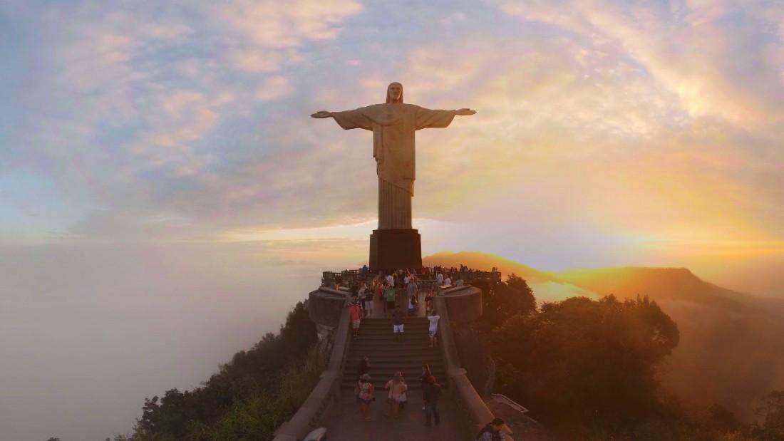 Sunset on Rio's Christ the Redeemer - CNN