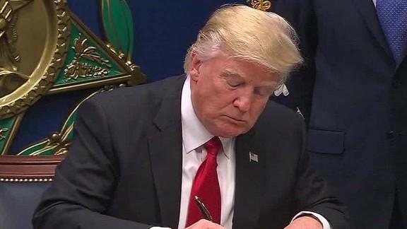 trump to sign new travel ban nobles lok_00004630.jpg
