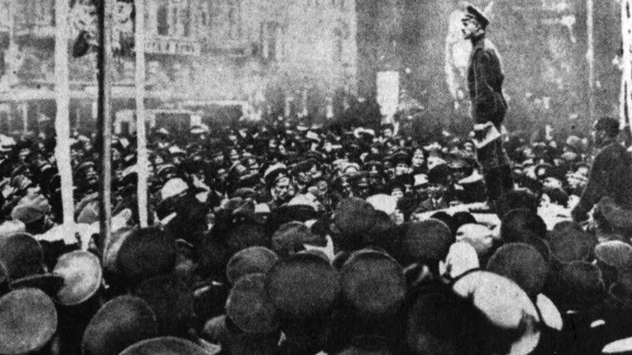 A crowd convenes at a revolutionary meeting in Petrograd.