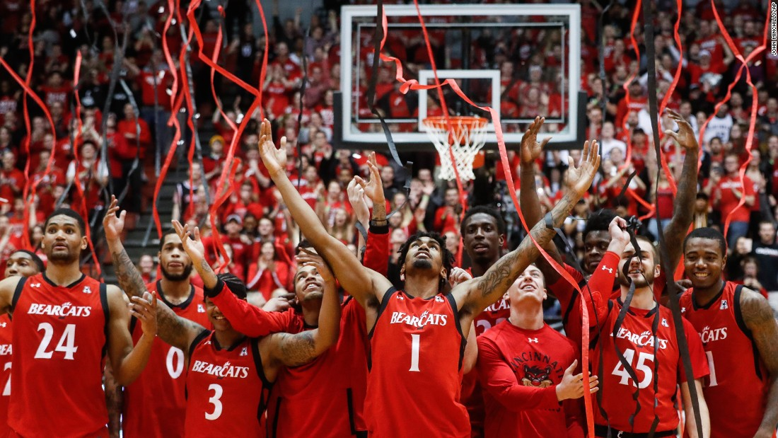 "Cincinnati basketball players celebrate after winning their home finale against Houston on Thursday, March 2. <a href=""http://www.cnn.com/2017/02/27/sport/gallery/what-a-shot-sports-0228/index.html"" target=""_blank"">See 36 amazing sports photos from last week</a>"