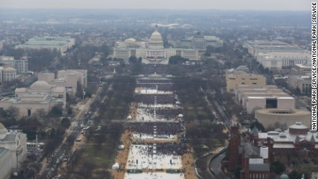 Photographer admits editing inauguration photos
