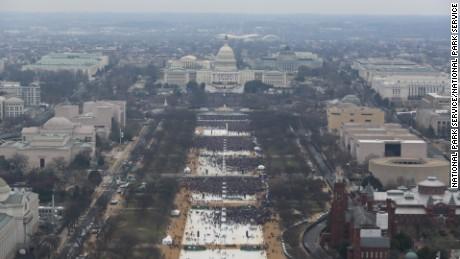 Photographer admits editing inauguration photos