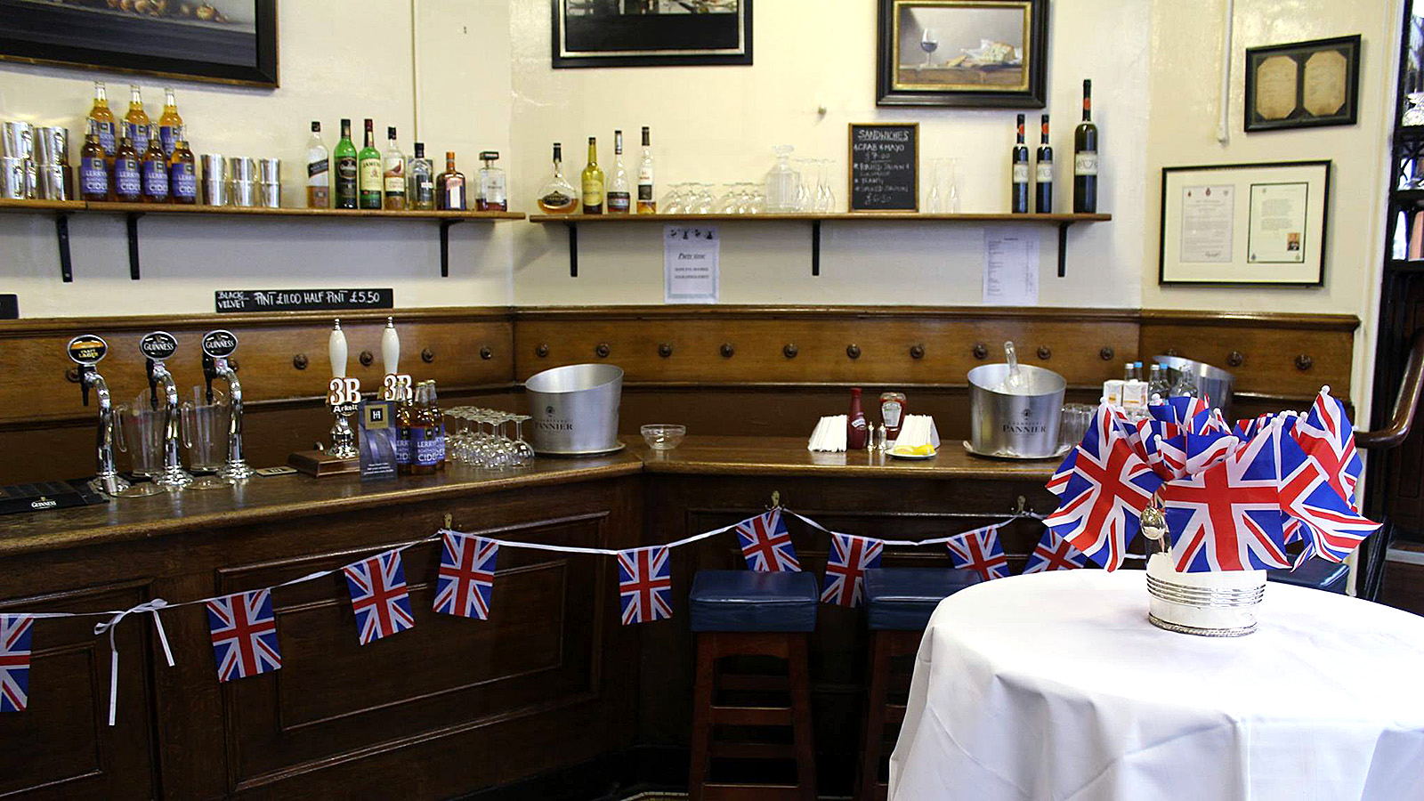 London\'s oldest restaurants: 6 capital classics | CNN Travel