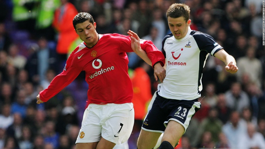 A move to Tottenham Hotspur followed, where Carrick played an influential part in Martin Jol's midfield.