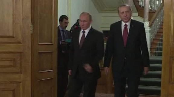 putin & erdogan to talk syria friday_00000305.jpg