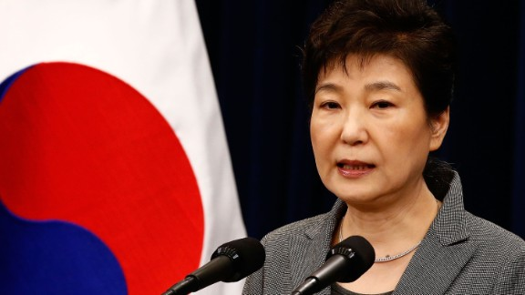 SEOUL, SOUTH KOREA - NOVEMBER 29:  South Korean President Park Geun-Hye makes a speech during an address to the nation, at the presidential Blue House in Seoul on November 29, 2016. South Korea
