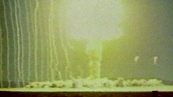 nuclear threats cold war lah dnt_00030209.jpg