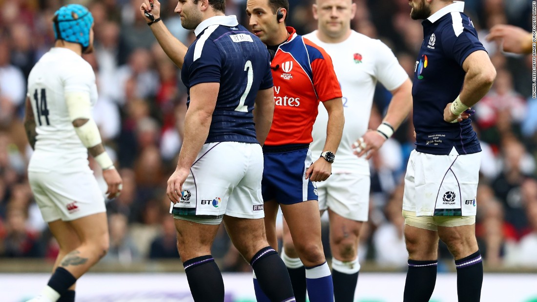 Joseph's first try came soon after Fraser Brown was shown a yellow card. With Scotland down to 14 men, Joseph powered his way through the visitors' defense.