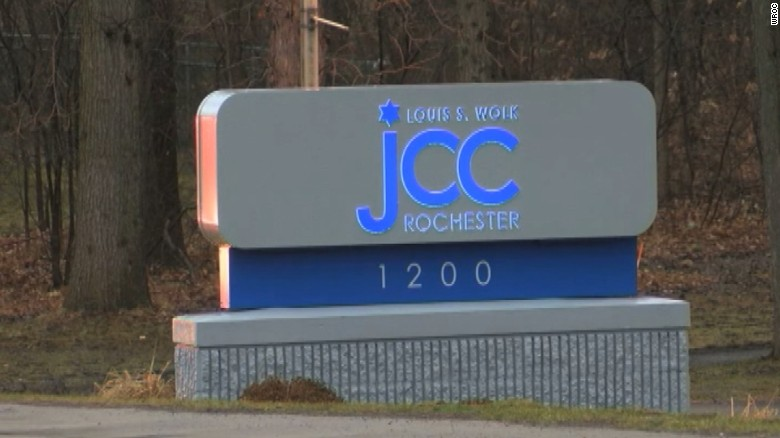 Jewish center evacuated after bomb threat