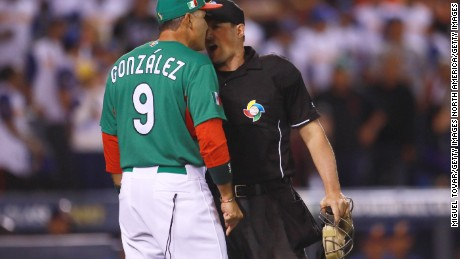 ZAPOPAN, MEXICO - MARCH 12: Edgar Gonzalez manager of Mexico discusses with home plate umpireduring the World Baseball Classic Pool D Game 6 between Mexico v Venezuela at Panamericano Stadium on March 12, 2017 in Zapopan, Mexico. (Photo by Miguel Tovar/Getty Images)