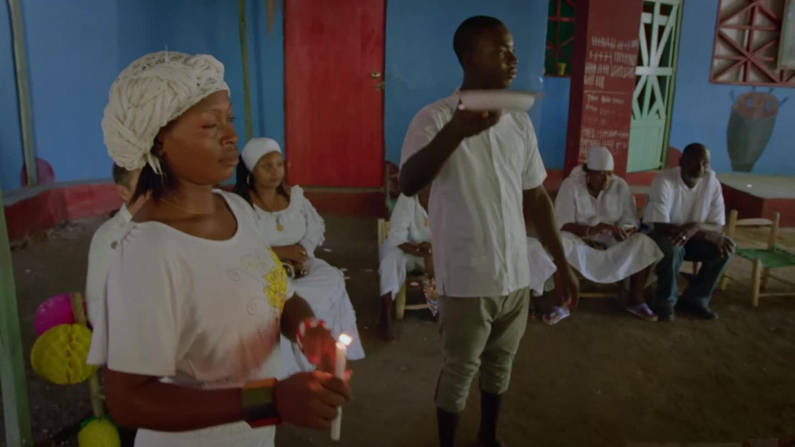 Inside a Vodou ceremony
