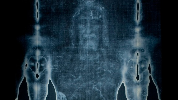 """This picture taken on February 20, 2012 shows a  Facsimile of  """"The Shroud of Turin"""" at the Cathedral of Malaga.  AFP PHOTO/ JORGE GUERRERO. (Photo credit should read Jorge Guerrero/AFP/Getty Images)"""