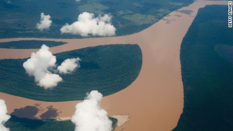 Aerial view of the Amazon river, Amazonas state, Brazil on December 12, 2013. AFP PHOTO / Christophe Simon        (Photo credit should read CHRISTOPHE SIMON/AFP/Getty Images)